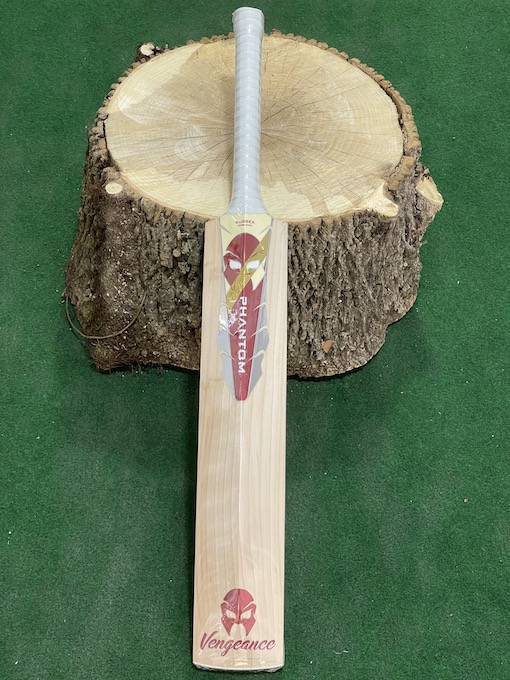 Phantom Vengeance Players Cricket Bat