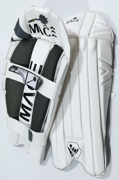 MACE Premier Wicket Keeping Pads - Youth/Boys